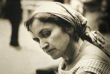 """La Violeta Parra / fuente principal de inspiración, cantautora, pintora, poeta, tejedora, madre, mapuche.  """"cántame una más, una canción es lo que pido"""""""