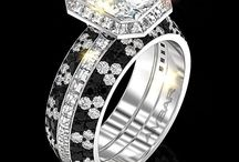 Beautiful Rings you have been dreaming about / Gorgeous engagement rings, wedding rings and more.