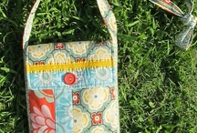 Bags and Purses / by Holly Dearmon