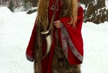 Medieval & other historical Costumes