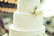 Birds/Feathers: 2013 Top Wedding Cake Trends  / by Sweet Grace, Cake Designs