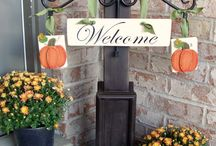 Front Door Delights / by Janice Longoria