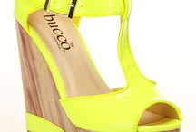 shoes / by Viridiana Lugo