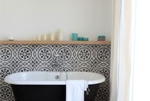 Tiles / Ceramic tiles for interior/exterior use, mostly patterned