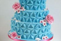 Triangle cakes