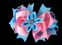 Boutique Hair Bows / Check out the latest Boutique Hair Bows available now at www.twirlytutus.com.au