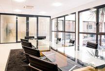 Salle de réunion / #agencementdebureau pour la création d'espace de rencontre et d'échange #design #bienetre