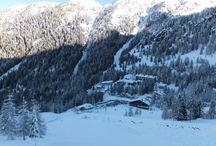 Funivie Pescegallo Valgerola / A Pescegallo ci sono 12 km di piste a vostra disposizione: una seggiovia, uno skilift, 3 piste blu, una rossa e una nera.