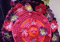 Purses ~ Bags ~ Totes ~ Crocheted (mostly) / by Mitzi Christian (krikket207)