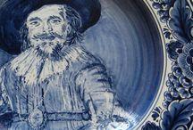 """Delfter Blau / Einige Delfter Blau Produkte, die ich ich vor vielen Jahren in der Bocholter Firma """"Stefan Macrander"""" angeferrtigt habe. Von der Ausbildung zum Kerammaler, bishin zum Abteilungsleiter war ich dort tätig."""