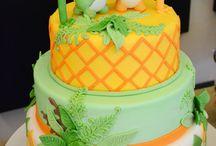 Dino soars! / Dinosaur cake ideas