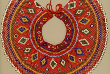Beadwork - others' beauties / by Dorka Decsi-Kiss