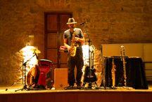 """Concierto didáctico """"Musikreando"""" con Jovis Fernández de la Cruz / https://lasalamandrasiguenza.wordpress.com/2015/11/08/musikreando-concierto-didactico/"""