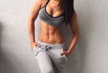 Women with Abs