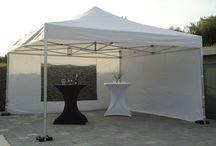 De Vouwtent / De Voutent wordt ook vaan Harmonicatent, Tent-up of easy-up genoemd. Erg makkelijk en snel op te zetten.