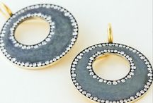 EaRrInGs...4