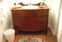 Bathrooms / by Heather Townsend Bugg