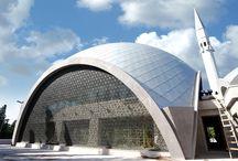 Şakirin Camii Dekoratif Kaplama / Projesi, mimari çizimleri, üretimi ve uygulaması titiz bir çalışmayla 2D Yapı tarafından hazırlanan Şakirin Camii dekoratif kaplama çalışması