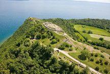 La Rocca di Manerba / La Rocca di Manerba del Garda si presenta come uno sperone roccioso che si protende nel basso Lago di Garda, ed è un luogo ricchissimo dal punto di vista storico e naturalistico.