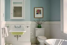 Bathrooms / by Patti Hauser