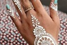 White Henna tatoo
