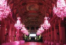Dramatic lighting. Event lighting & architectural lighting. / Lighting is everything. Ever been to Paris?