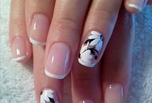 NAILS / BRILLOS