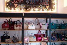 Juanita Jo Vintage / En San Telmo, Defensa 1002, tenemos nuestro local Vintage. Vendemos productos de otras temporadas.