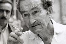 Petrarca-Preisträger / Der Petrarca-Preis wurde von 1975 bis 1995 jährlich an zeitgenössische Dichter und Übersetzer vergeben und sollte an die Geschichte der Poesie erinnern. Unter den Preisträgern waren Lyriker wie Zbigniew Herbert, Jan Skácel, Tomas Tranströmer und Philippe Jaccottet.