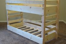 bunk beds / by Traci Mercer