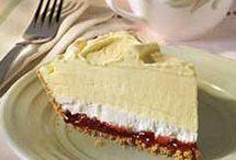 JUST DESSERTS / Sweet treats / by Tiffanie Webber