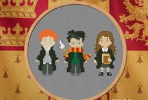 All Things Harry Potter on ArtFire / The title says is all! Find anything from cross-stitch patterns to art prints to jewelry!