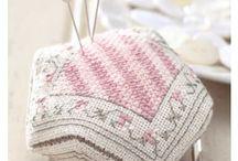 Embroidery - Biscomu (8-sided stuffed ornamental pincushion)