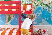 Pokój małego podróżnika / Wystrój pokoju dla małego podróżnika - mapy, kompasy itd.