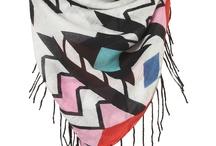 scarves / by Courtney Juarez