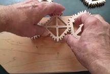 mechanische energie-overdracht / verscheidene manieren om kinetische energie om te zetten.