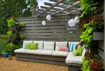 Backyard bliss / Gardening, outdoor entertaining