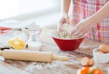 Il gusto in tavola / Porta in tavola il gusto.  Dall'antipasto al dolce, scegli il tuo menu tra tante ricette semplici e sfiziose: la riuscita di ogni piatto è assicurata con l'aiuto di Bicarbonato Solvay, il tuo aiuto chef personale.