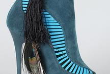 Fabulous heels!!!! / by Katinahurricane Perry
