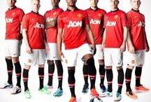 Maillot Manchester United 2013 2014 / Maillots de Foot Manchester United Pas Cher en Solde.