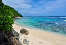 Hidden beaches in Bali / Discover the most beautiful secret beaches in Bali http://en.balijetaime.com/newblog/bali-the-most-beautiful-secret-beaches/