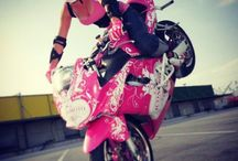 Chicks and bikes / Boobs on bikes