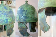 Casideae and galeae / Pictures of roman helmet finds of the 1st century B.C. And A.D.