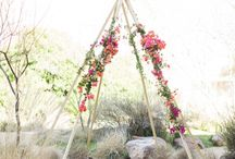 Tee pee flower arrangements / Tee pee flowers, Wedding flower tee pee ideas, Boho tee pee flower arrangements, Tee pee florals, Tee pee flower arrangement