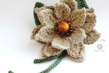 Hooking Flowers / Crochet patterns and tutorials for flowers