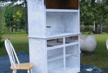 Painting Furniture / by Joann Watts