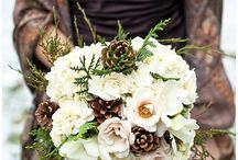 Wedding PIne Cones / Go for a Rustic Wedding Feel with Pine Cone Accents, From wreaths, garland and place card holders this is the best and most cost effective for your Woodsy Wedding.
