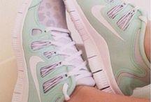 siri shoe