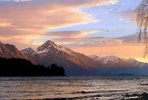 Озеро Уакатипу / Среди горных хребтов Южных новозеландских Альп, в западной части региона Отаго, окаймленное пышной, тропической, вечнозеленой фауной, раскинулось, в навеки застывшей позе кровожадного монстра, озеро Уакатипу.