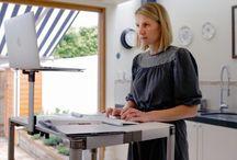 Mesas para oficina / Tableros diseñados espacialmente para lugares de trabajo, ya sea para trabajar sentados o de pie. Soluciones modernas, ergonómicas, y saludables.